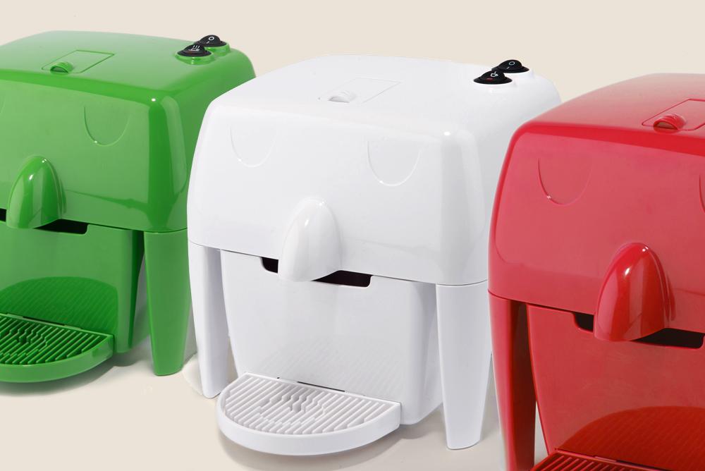 Macchina da caffè a capsule piccola e colorata 100% Made in Italy in vendita online- COFF-E